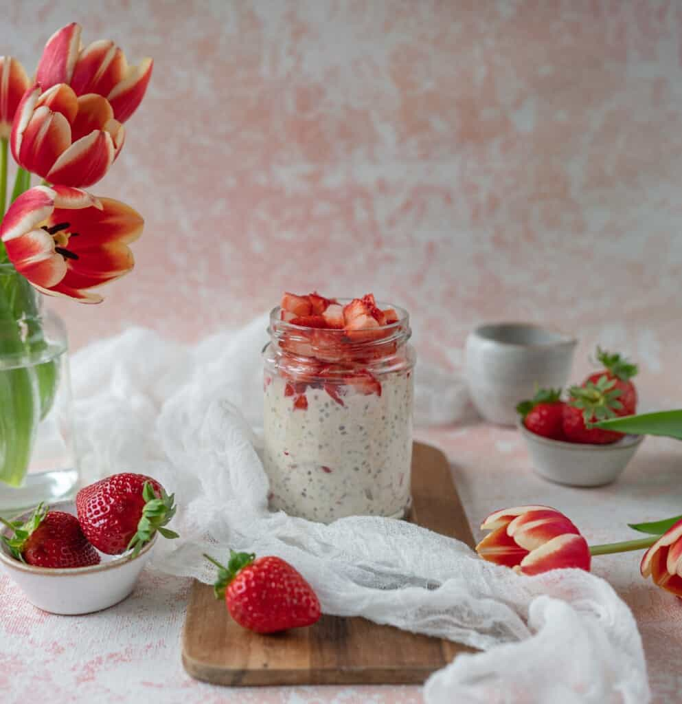 trawberry Overnight Oats jar is healthy, delicious, and really easy to make-ahead breakfast full of good for you ingredients. You just have to remember to prep it the night before to give the oats some soaking time. Gluten free and vegan too.