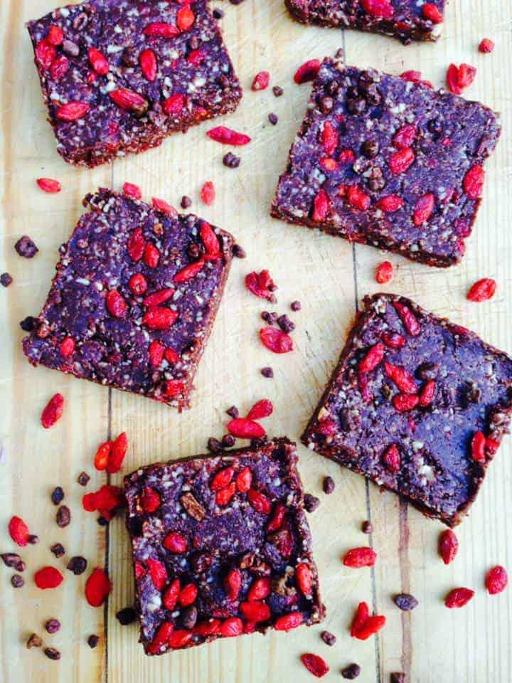 Chocolate goji bars recipe - Image 1