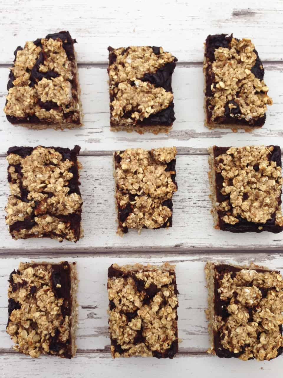 Healthy chocolate oat bars 3