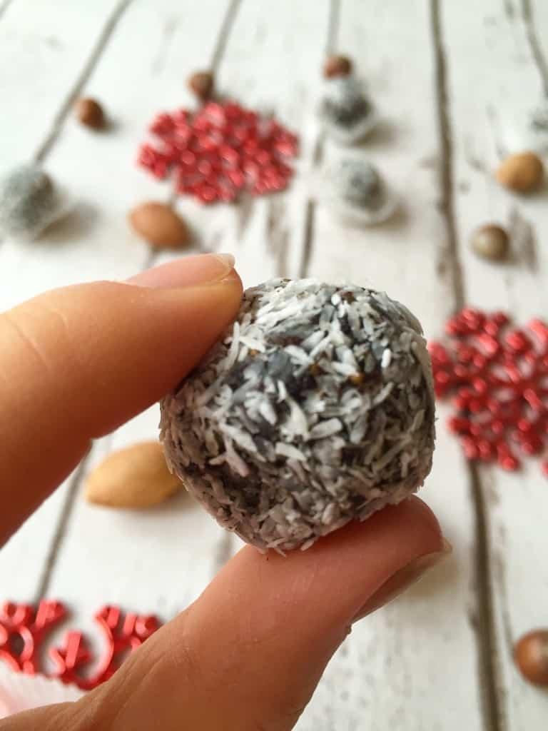Poppy seed snowballs recipe - Image 3