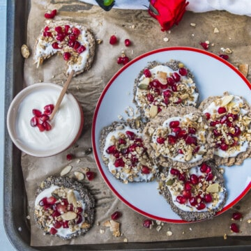 These chia flax seeds cookies are made only with 2 ingredients and they are naturally gluten-free, vegan, healthy and super easy to make.