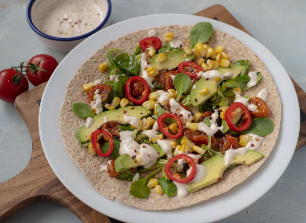 Anyone who favoures savoury breakfast over sweet one this Healthy Breakfast Burrito recipe is just what you need. Easy, tasty,vegan and vegetarian friendly! #healthyburrito #burrito #veggierecipes #breakfastburrito #healthybreakfastideas