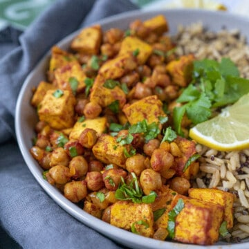 This ActiFry chickpea and tofu stew made in my Air Fryer is a delicious, easy, fully plant-based and packed with loads of flavour.