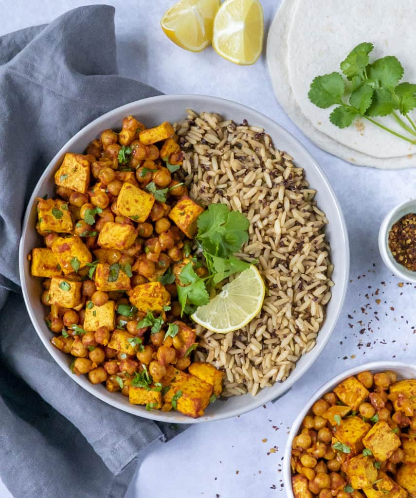 This ActiFry chickpea and tofu stew made in 35 minutes is a delicious, easy, fully plant-based and packed with loads of flavour.