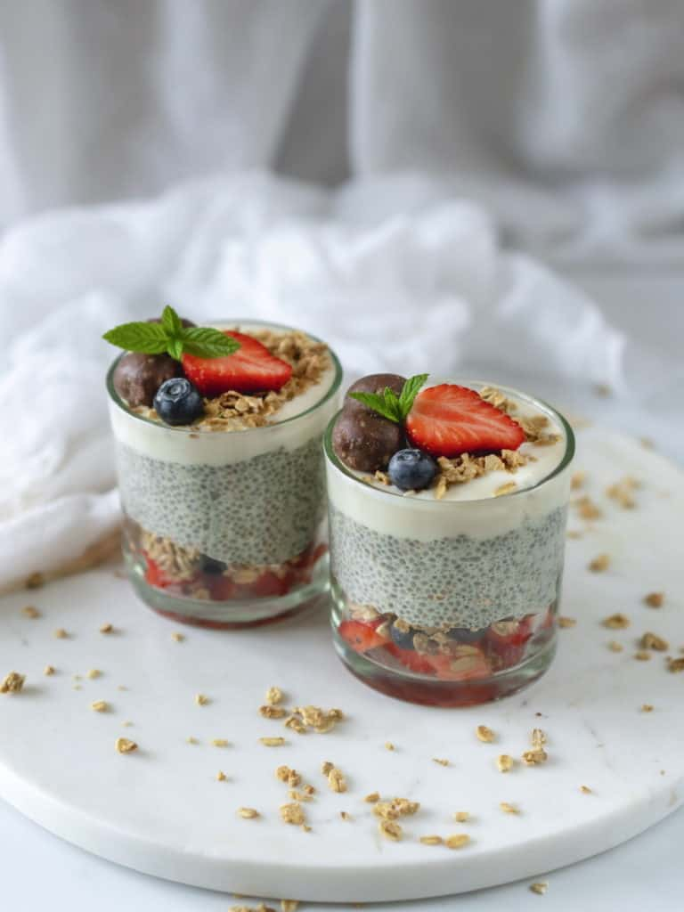 Easy chia pudding recipe made with 5 ingredients. Then add your favourite toppings to make the best healthy snack or even breakfast. Vegan & Gluten-Free.
