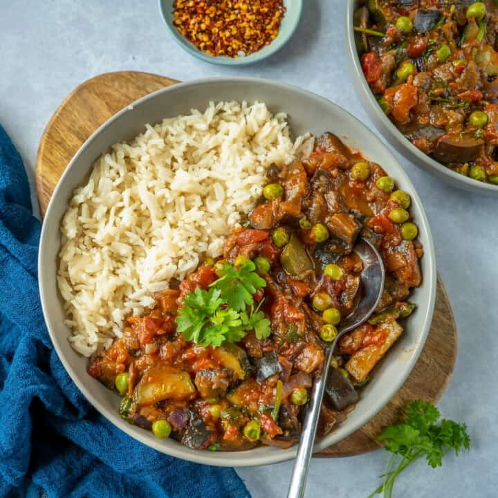 Healthy vegetable stew recipe which is easy to make and full of flavour. Comforting, hearty and ready in 30 minutes! Get your 5-a-day in with 1 meal