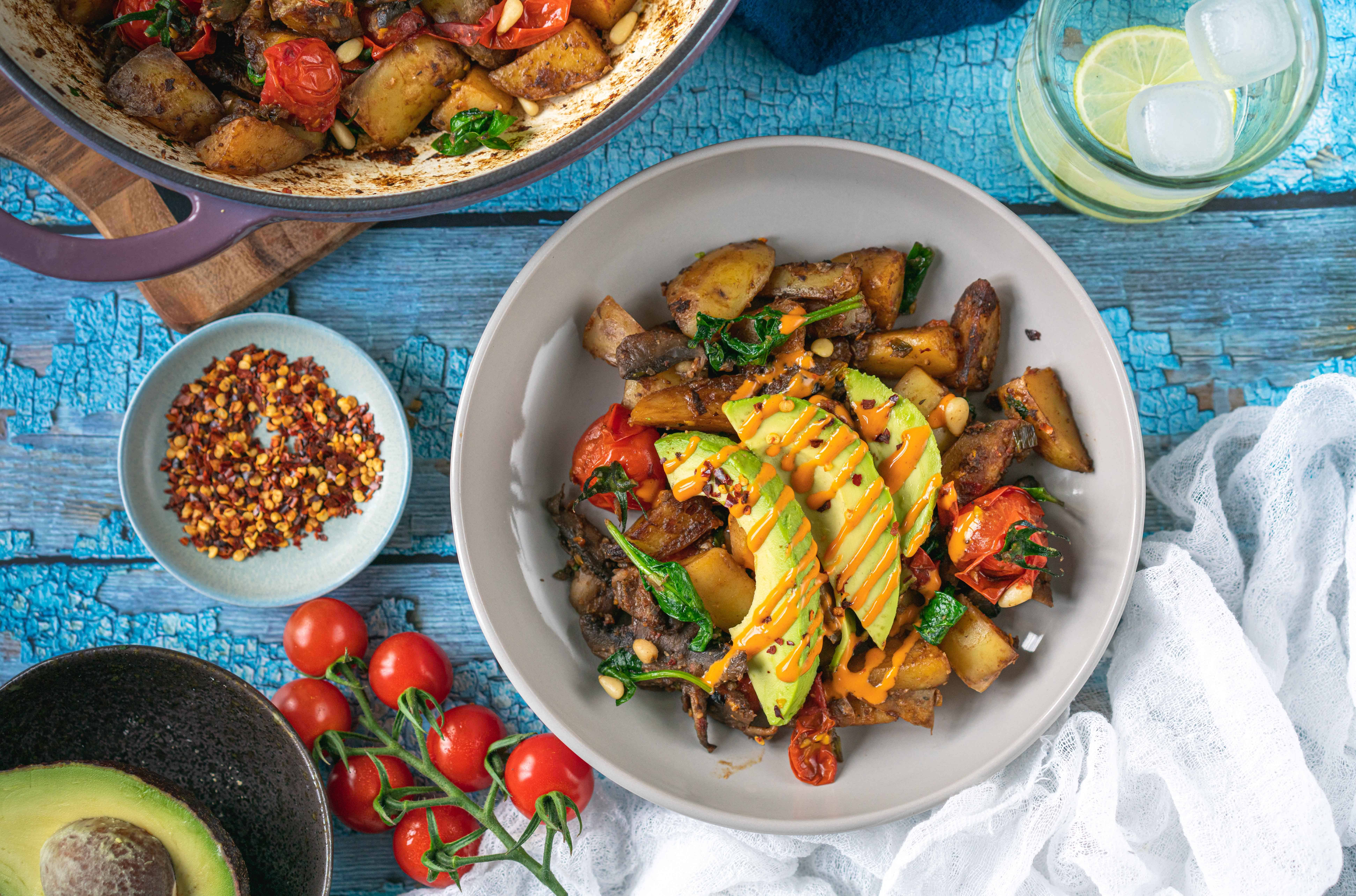 This easy and delicious healthy one pan breakfast recipe is the perfect dish for breakfast, brunch, or light lunch/dinner #healthybreakfast #easybreakfast #onesheetmeal #veganbreakfast #cleaneating