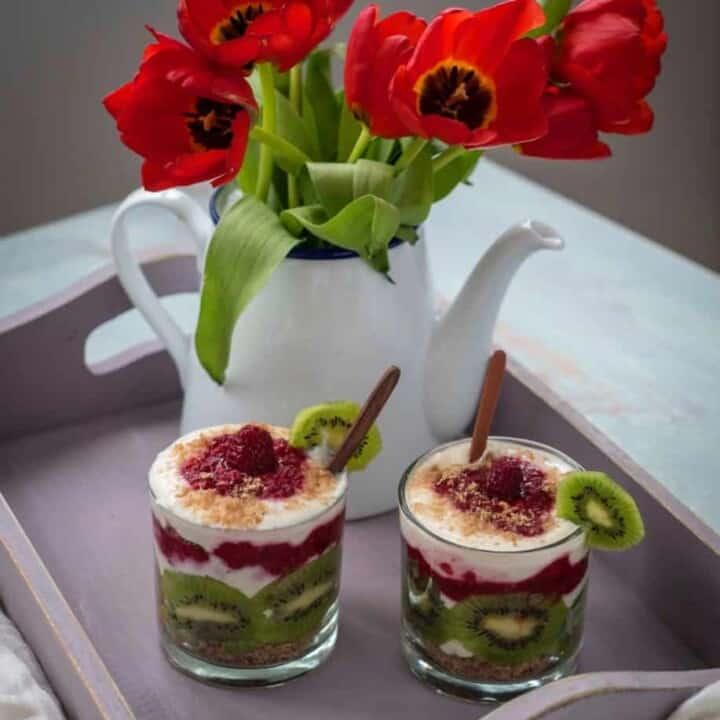 Healthy breakfast trifle recipe