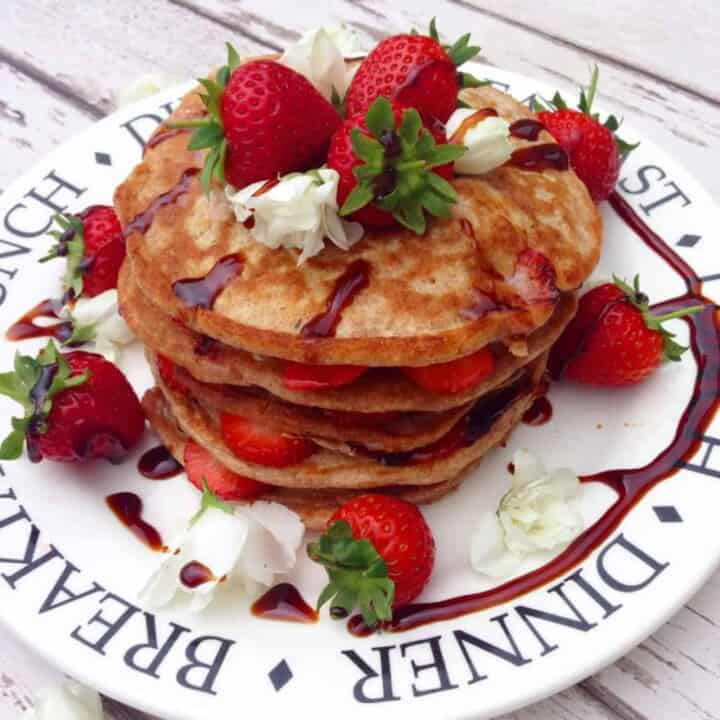 Clean and simple pancakes