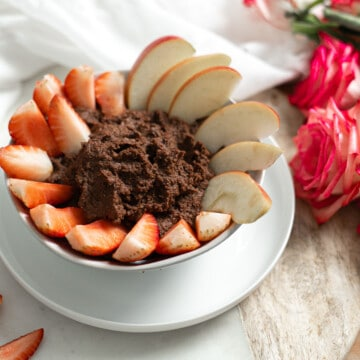 Healthy Chocolate Hummus