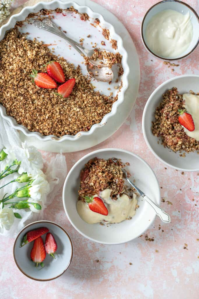 Easy Rhubarb Crumble recipe you will be making over and over again. Simple ingredients, naturally vegan and healthy. Make it today!