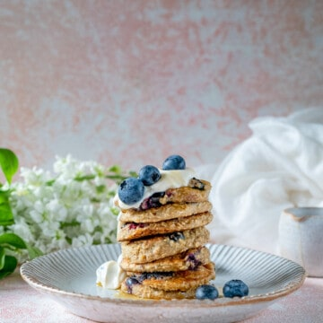 Easy Blueberry Pancakes made entirely in a blender with only 4 ingredients. Delicious, healthy, completely vegan and gluten-free too.