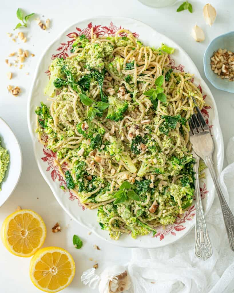 This Pasta with Broccoli and Basil Pesto isthe perfect summer lunch or dinner. It's easy to make, and it tastes SO fresh and delicious. It's healthy and vegan too!