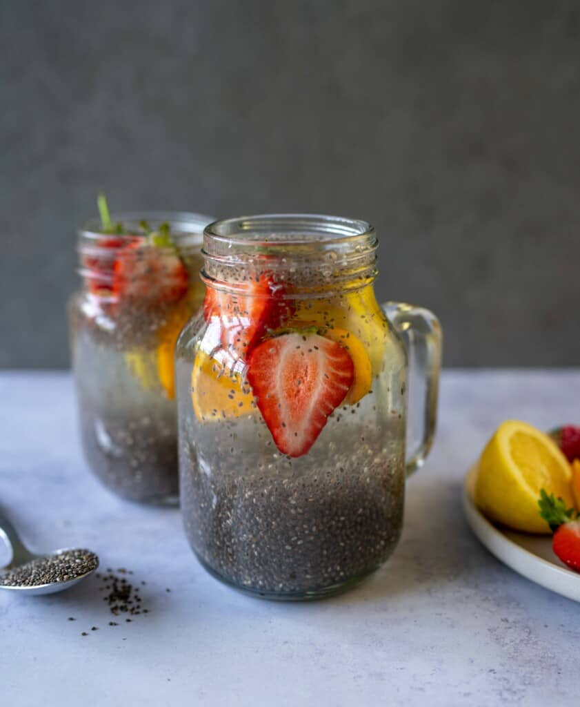 Lemon Chia Fresca is a delicious natural energy drink to not only keep you hydrated but also to boost your energy levels.