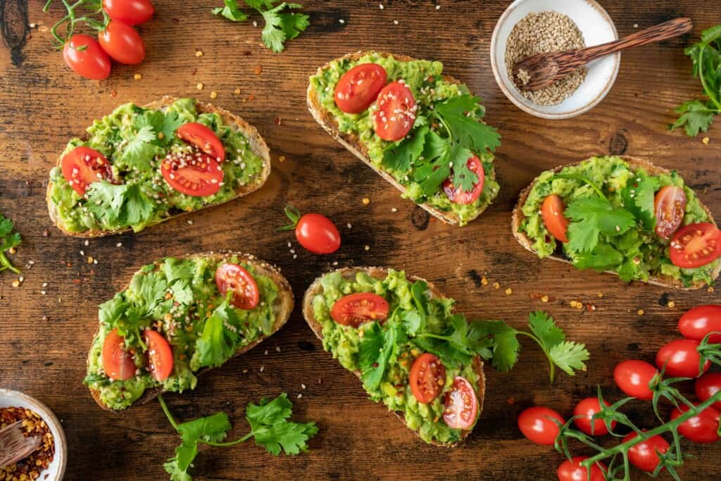 Smashed Broad Beans Avocado on Toast is aquick, easy and delicious brunch, snack, lunch or dinner idea ready in 15 minutes. Naturally vegan, healthy and seasonal.